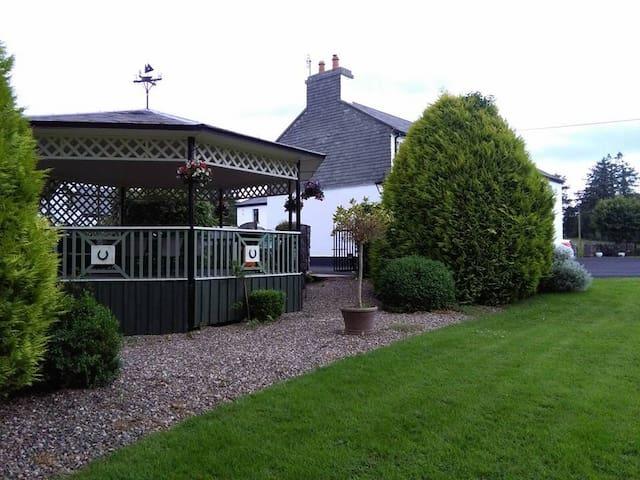 Pegs cottage (originally the ostler's cottage)