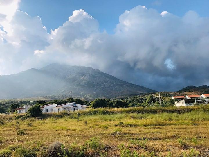 Samothraki Vacation Home, amazing Saos view, 2BR
