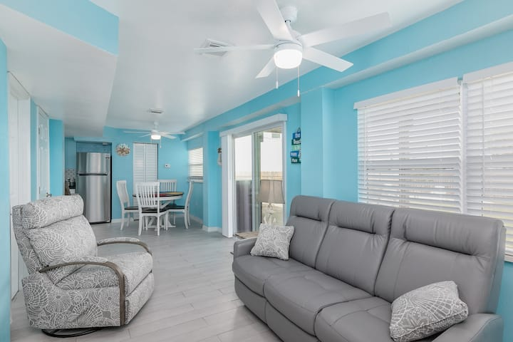 Cottages at Cocoa Beach unit A