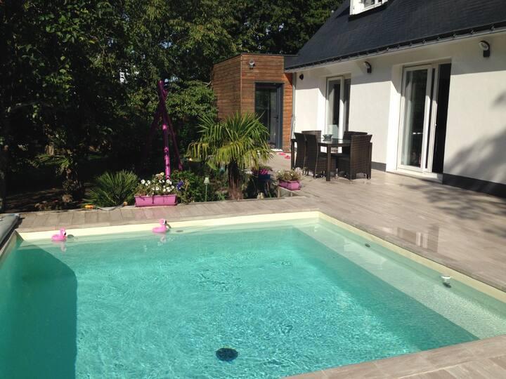 La Villa Oasis, piscine, axe Rennes/Nantes