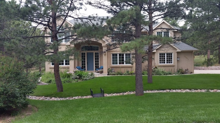 Beautiful Home in Woodmoor community Monument Co