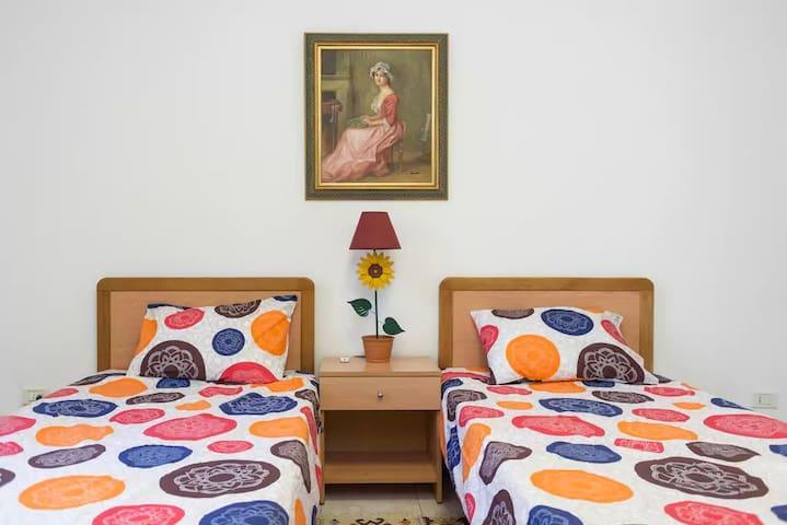 Cosy 2 bed Ashrafieh -Beirut