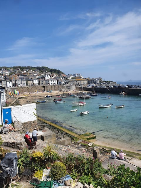 Home of the Mousehole Cat