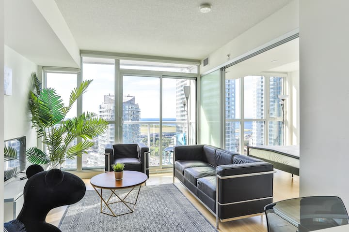 ⭐⭐⭐⭐29th FLOOR 2BED LAKEVIEW LUX CONDO⚡CN⚡SKYDOME