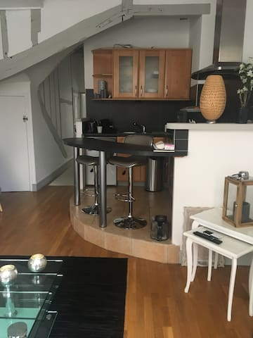 Charmant 2 p plein centre ville - Senlis - Appartement