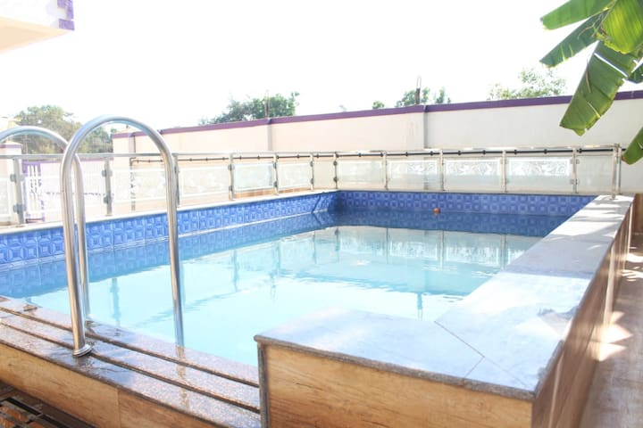 3bhk/private pool/*RAJMANDIR VILLA*