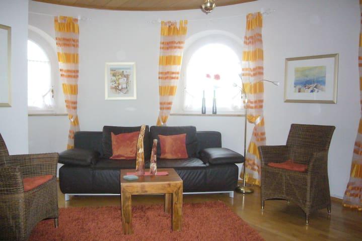 Gästehaus Fünffinger**** - Burrweiler - Apartment