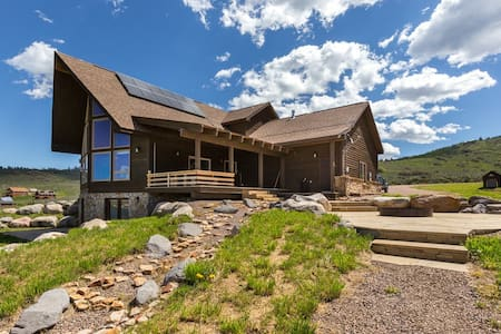 Peaceful mountain retreat near Steamboat - Oak Creek - Lejlighed