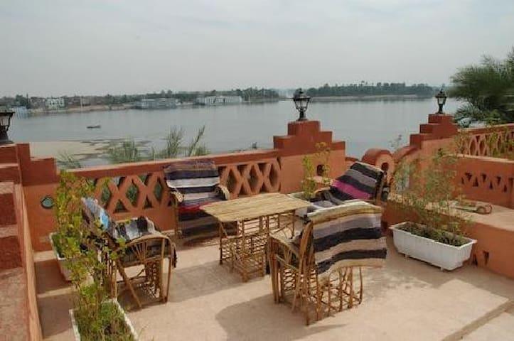 villa al diwan - Luxor - Bed & Breakfast
