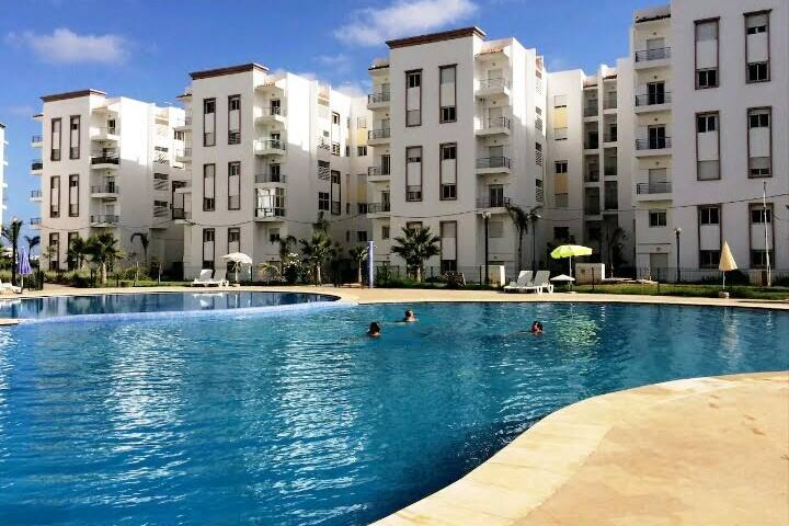 Appartement dans une residence privée  bouznika .