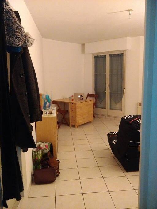 Studio au calme proche du centre ville appartements for Louer garage rennes
