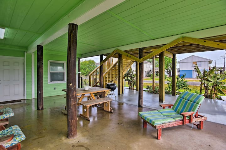 The stilt level offers a charcoal grill, picnic table and lounge chairs.