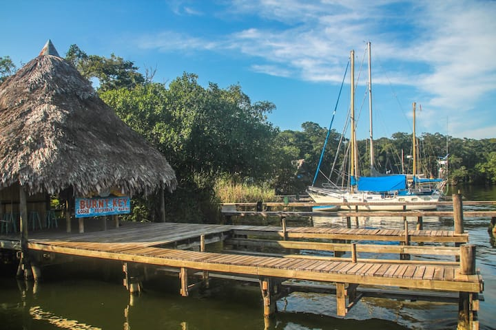 BURNT KEY Nature LODGE 5 | free breakfast+kayaks