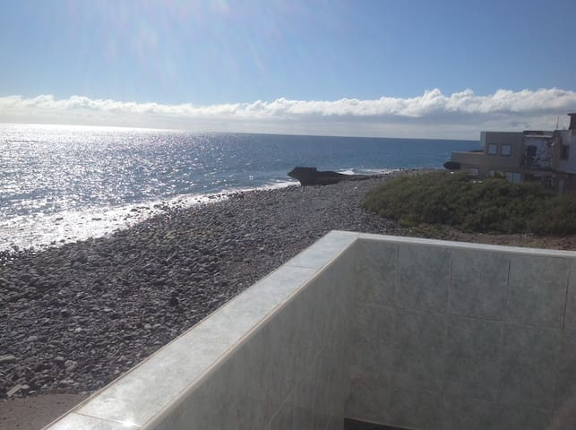 Quiet house on the beach, la mareta, tenerife sth.