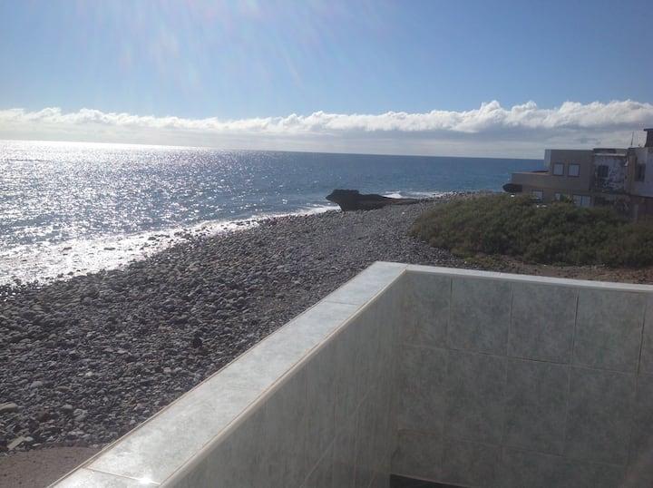 Quiet house on the beach, la mareta, tenerife sth.