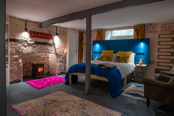 One Drake Road, Tavistock - 2 bedroom Holiday Let