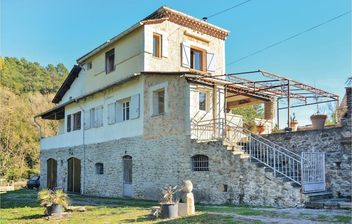 Amazing home in Bessèges with WiFi and 4 Bedrooms