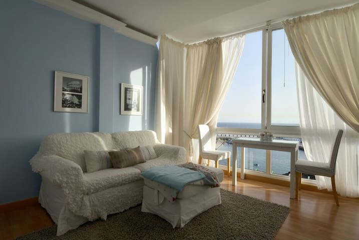 Studio Apartment with sea view - Puerto del Carmen   - Huoneisto
