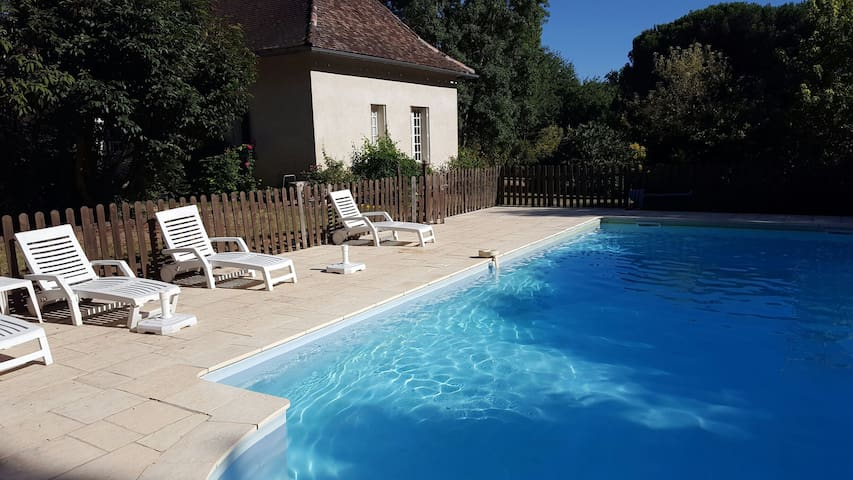 House with Pool bordering Dordogne - Bergerac - House