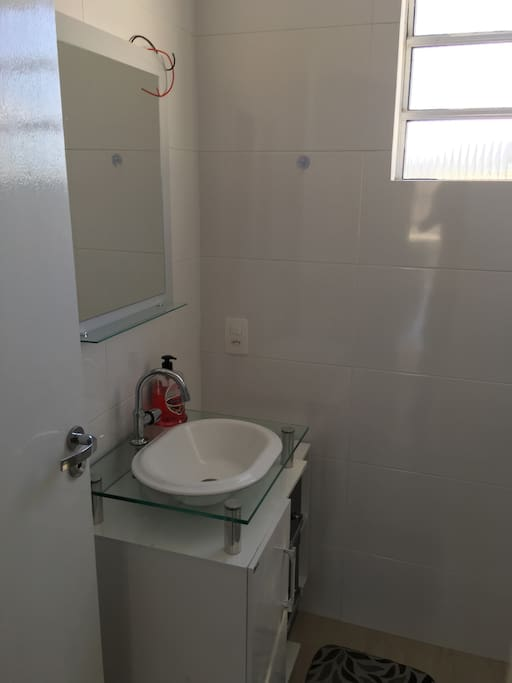 Banheiro Social - Piso Superior