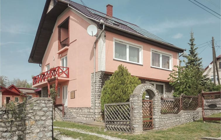 Holiday cottage with 8 bedrooms on 248m² in Aggtelek