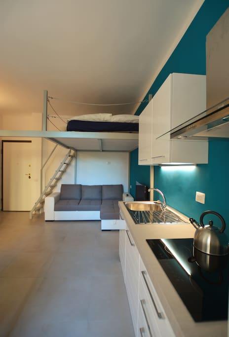 minimal hub in milano wohnungen zur miete in mailand lombardia italien. Black Bedroom Furniture Sets. Home Design Ideas