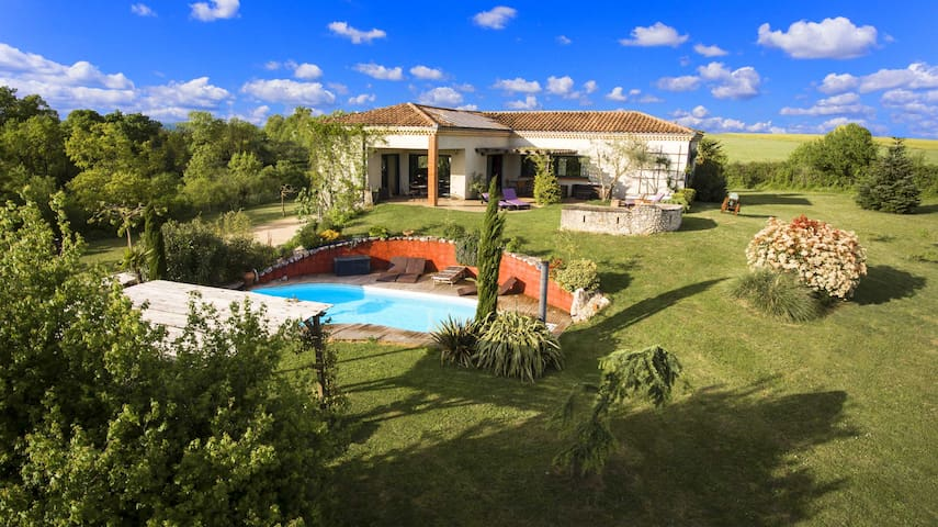 Superb Villa Heated Pool and Spa - Castelnau-de-Montmiral - Willa