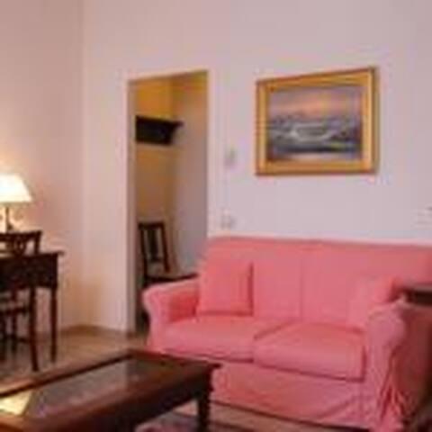 Al Poggio dei Papi dove il Relax è di casa - Poggio San Litardo - 家庭式旅館