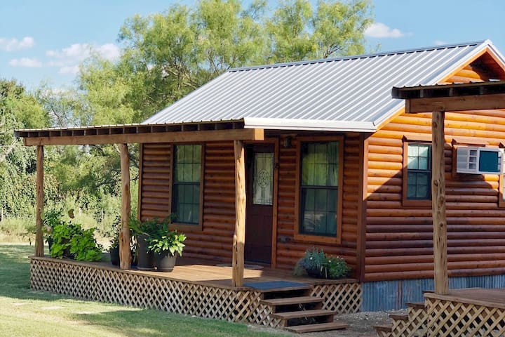 Cozy Wine Country Cabin #6 , in Fredericksburg TX