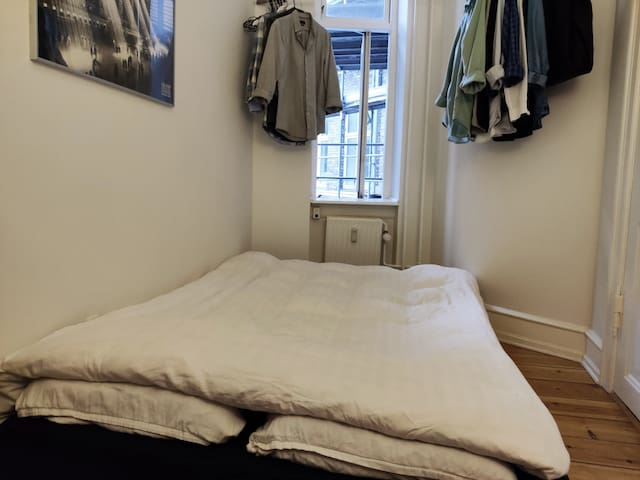 Cozy bright room in central Copenhagen!