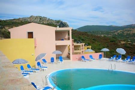 appartamento con piscina t03 - Trinità d'Agultu e Vignola