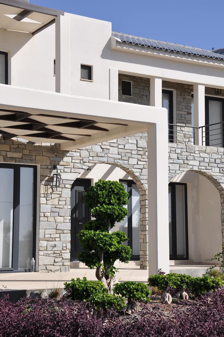 Stunning Custom built Home w/ Pool, Lindos, Pefkos