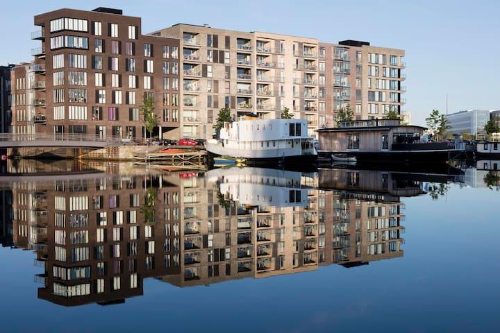 Nordic houseboat-experience - Copenhagen