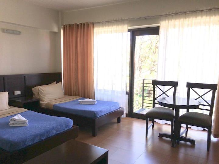 Studio Hotel: Modern Style, Peaceful, Foggyw/Wifi