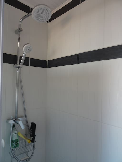 Robinetterie Hansgrohe ou grohe.