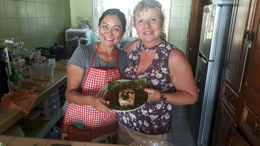 How to cook mexican dishes. Tamales, Chiles Rellenos