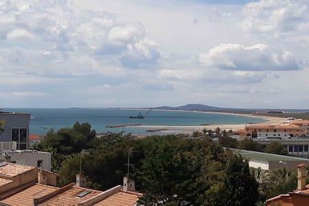 Sète, à deux pas des plages de la Corniche