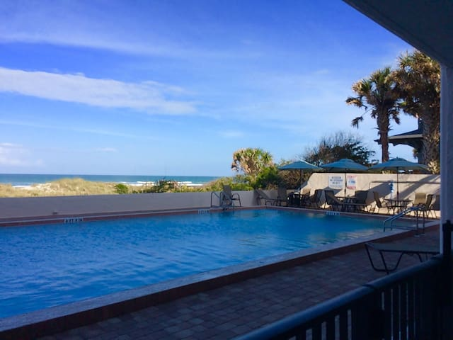 Ocean View and Poolside #104 - St. Augustine - Apartment