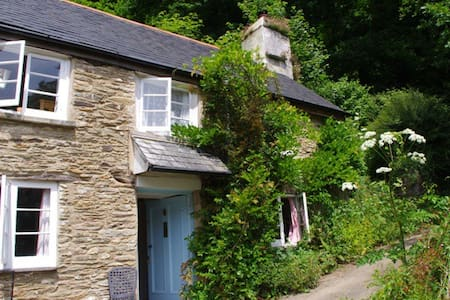Rose Cottage at Watermill Cottages - Devon