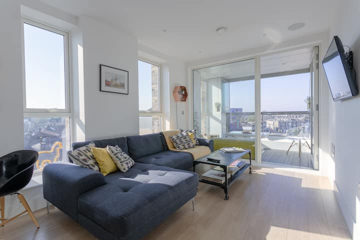 Amazing Brixton 2 Bed Flat - Breathtaking View!
