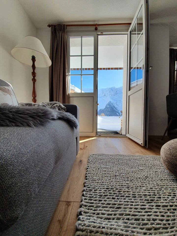 Lauchernalp Ski-in/Ski-out - modern apartment