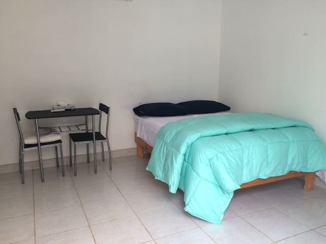 Comfortable pvt bedroom with patio and deli pool. - San José del Cabo