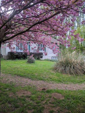 Maison de campagne au calme - Saint-Lubin-des-Joncherets - Дом
