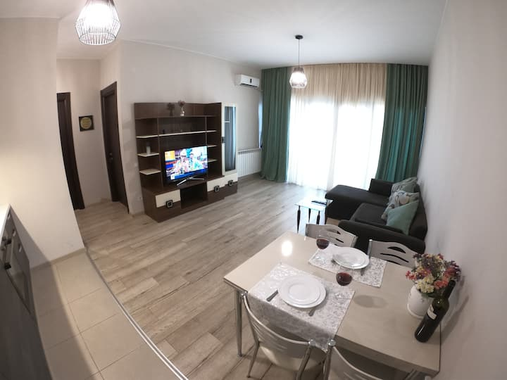 Apartment in M2 Tamarashvili, near to Vake Park