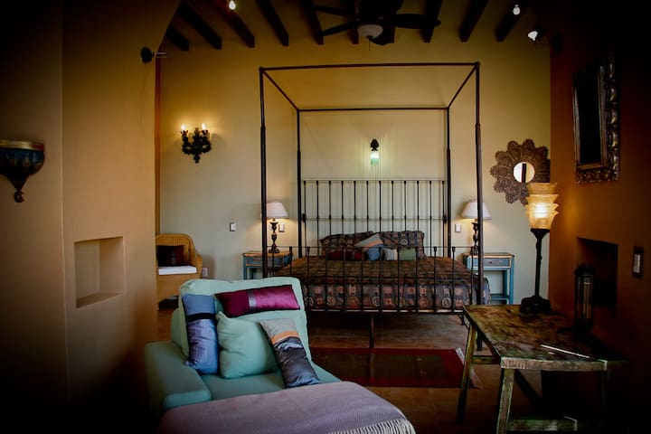 Villa Colibri: Casa/Campo/ 30 minutos San Miguel