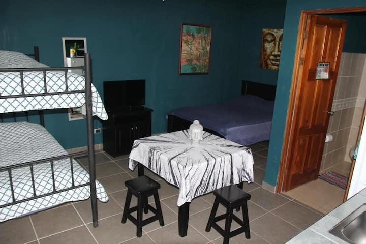 Deluxe Cabina Bunk beach front in Playa Hermosa