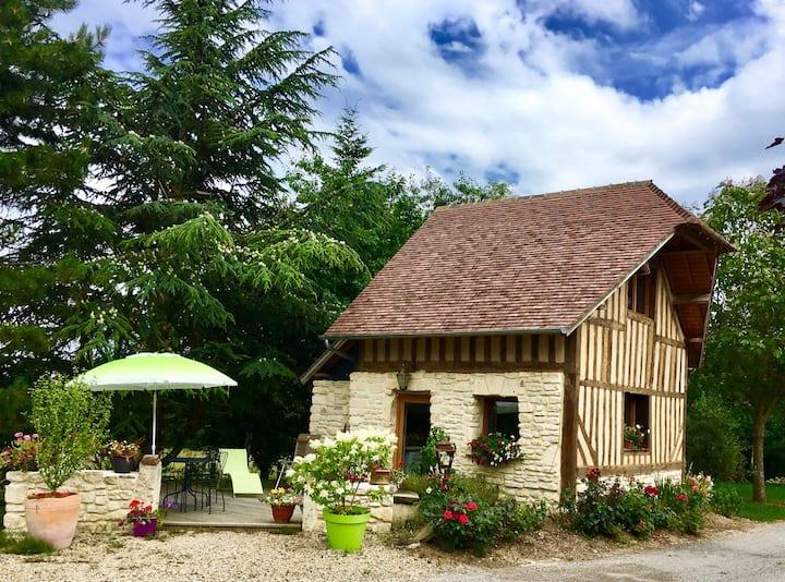 Petite Maison Typique Normande