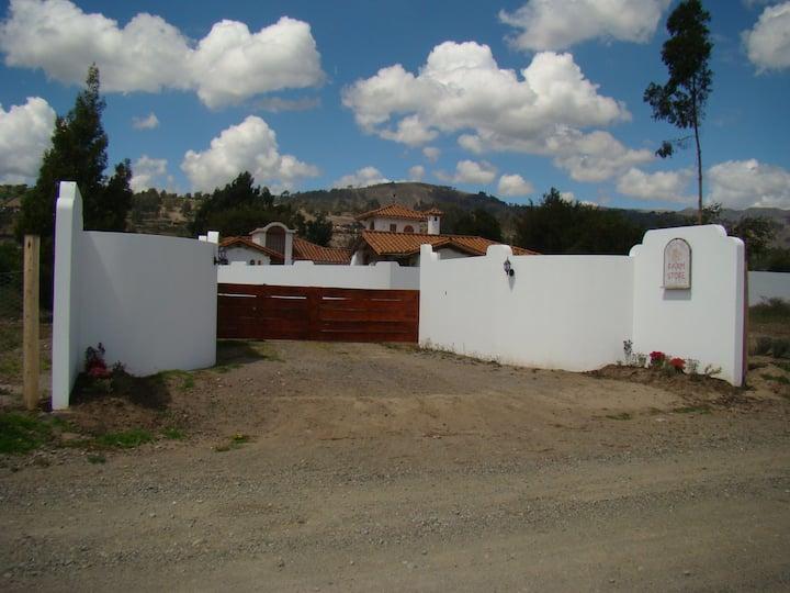 Casa Bonita, central to Cotopaxi Park and Quilotoa