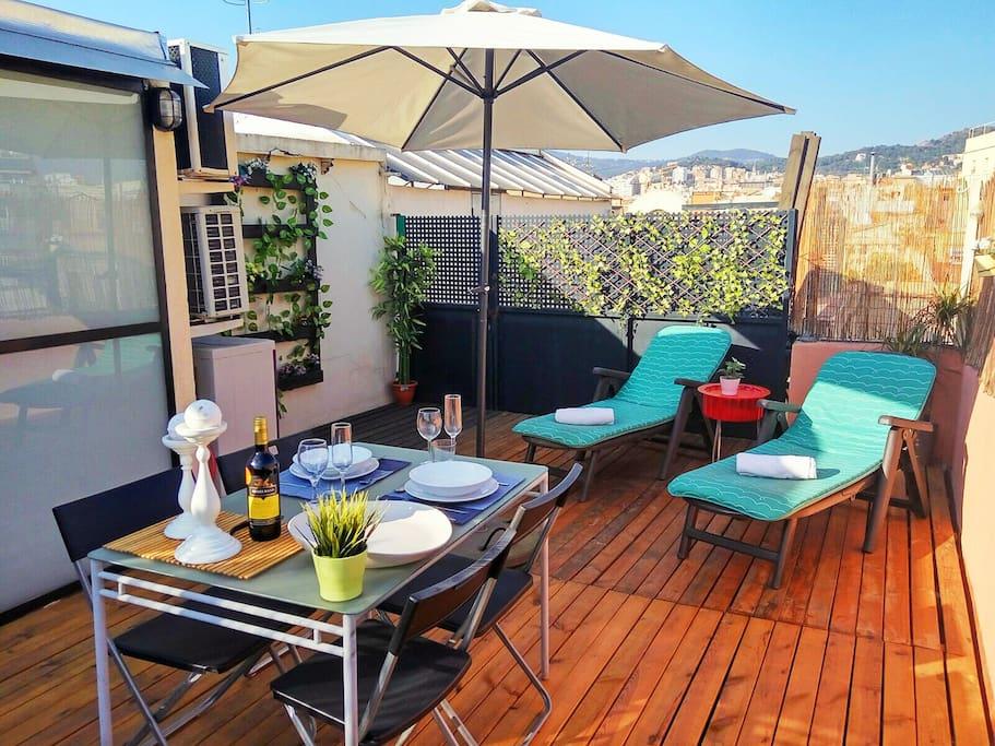 Attico duplex montserrat appartamenti in affitto a for Appartamenti barcellona affitto economici