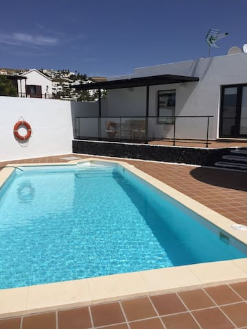 Airbnb Nazaret Vacation Rentals Places To Stay